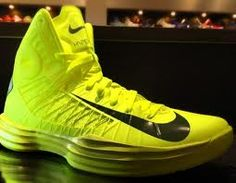 all yellow hyperdunks