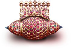 indian jewelry - pendant - loved & pinned by www.omved.com