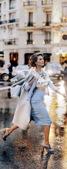 Parisian Blue Style Work, My Style, Paris Flat, Blue Fashion, Womens Fashion, Sparkling Stars, French Blue, Parisian Style, Glamour