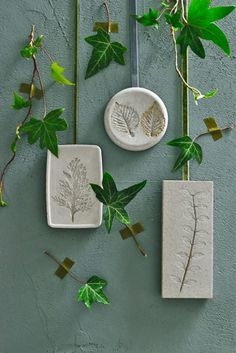 Cement Crafts, Concrete Art, Rose Art, Ceramic Jewelry, Handmade Pottery, Diy Hacks, Diy Flowers, Gift Tags, Diy And Crafts