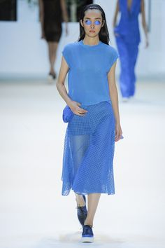 Akris Spring 2016 Ready-to-Wear Fashion Show - Ji Young Kwak (Elite)