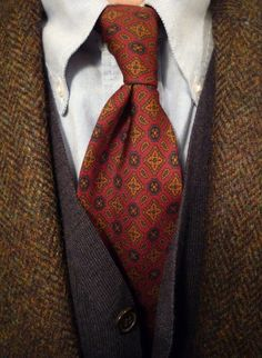 Harris Tweed Tuesday. J. Press jacket, an ancient J. Crew madder tie (c. late '80s), a Brooks merino vest and a Makers OCBD. This sort of unruly and rumpled collar roll is what kept me going back to Brooks year after year.