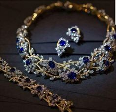 Beautiful sapphire and diamond necklace and matching earrings.