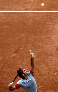 Roger #Federer at the 2014 French Open. Get his look here: http://www.tennis-warehouse.com/player.html?ccode=RFEDERER&utm_source=Facebook&utm_medium=FB%20Post&utm_campaign=Federer%20Gear