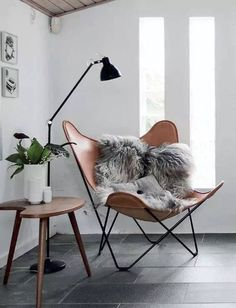 Here we showcase a a collection of perfectly minimal interior design examples for you to use as inspiration.Check out the previous post in the series: 30 Examples Of Minimal Interior Design Scandinavian Interior Design, Scandinavian Home, Nordic Design, Stylish Interior, Scandinavian Furniture, Simple Interior, Interior Design Inspiration, Home Decor Inspiration, Decor Ideas
