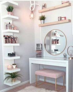 Perfte on Gorgeous pink and rose gold vanity inspiration for your Perfete home via ddelasoul. Cute Room Decor, Teen Room Decor, Room Ideas Bedroom, Target Room Decor, Gold Bedroom, Bedroom Ideas Rose Gold, Modern Bedroom, Rustic Girls Bedroom, Rose Gold Room Decor