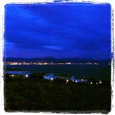 Vista desde la ventana del tablao Celestial, Sunset, Outdoor, Polka Dots, Flamingo, Windows, Outdoors, Sunsets, Outdoor Games