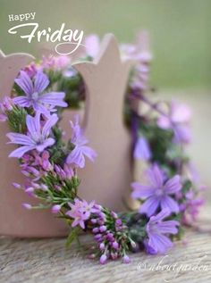 Lavender and lilac - Spring colors Purple Lilac, Shades Of Purple, Lavender Blue, Purple Wedding, Wedding Flowers, Wedding Hair, Color Lavanda, Lavender Cottage, All Things Purple