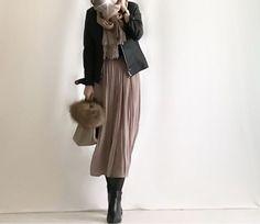 【coordinate】UNIQLOカシミヤセーター×プリーツスカンツ/セレモニースーツ