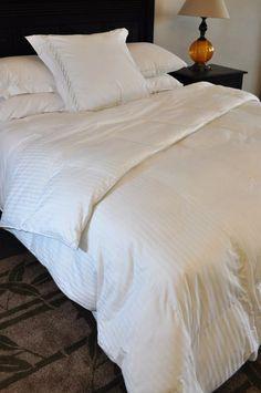 Natural Comfort Soft and Luxurious 300TC Sateen White Down Alternative Duvet Insert, Twin