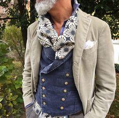Details. #Elegance #Fashion #Menfashion #Menstyle #Luxury #Dapper #Class #Sartorial #Style #Lookcool #Trendy #Bespoke #Dandy #Classy #Awesome #Amazing #Tailoring #Stylishmen #Gentlemanstyle #Gent #Outfit #TimelessElegance #Charming #Apparel #Clothing #Elegant #Instafashion