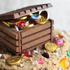 Turn candy into an edible treasure chest.