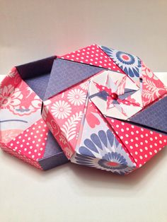 Red and blue Americana Octagonal Origami Gift Box on Etsy, $5.00