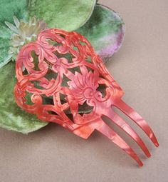 Vintage hair comb pearlised orange Spanish mantilla style hair accessory