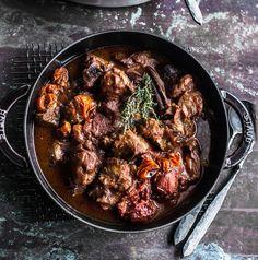Maukas lammaspata sopii juhlapöytään Lamb Stew, Garam Masala, Couscous, Chorizo, Slow Cooker, Good Food, Beef, Dishes, Cooking