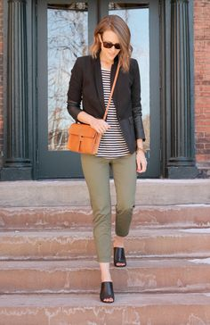 Back to Basics| That is one pair of Khakis that I do not mind. Chic and practicable outfit