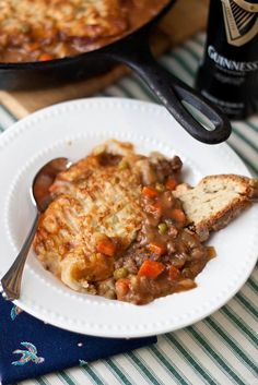 Pub style cottage pie...this is delicious!