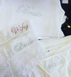 Bride's extras: lace