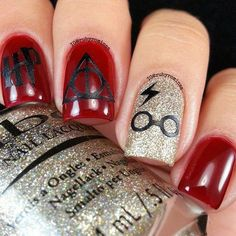 Uploaded by Ibrahim Ahmad. Find images and videos about nails and harry potter on We Heart It - the app to get lost in what you love. Harry Potter Nails Designs, Harry Potter Nail Art, Cute Harry Potter, Fancy Nails, Trendy Nails, Cute Nails, Gel Nails, Acrylic Nails, Nail Polish