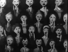 scary Black and White creepy weird horror dark morbid strange insane mad evil different darkness eerie insanity madness Arte Horror, Horror Art, Creepy Horror, Art Sinistre, Gif Art, Images Terrifiantes, The Darkness, Scary Gif, Les Gifs
