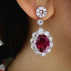 Stunning pair of Burmese ruby earrings weighing 10.02 and 9.09 carats sold for HK$89,720,000 (US$11,500,000). At Christie's 30 year anniversary sale. @christiesjewels @christiesinc