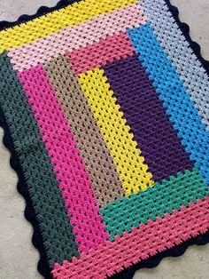 Crochet Bedspread Pattern, Crochet Ripple Blanket, Crochet Rug Patterns, Crochet Designs, Granny Square Häkelanleitung, Granny Square Crochet Pattern, Crochet Squares, Crochet Crafts, Crochet Yarn