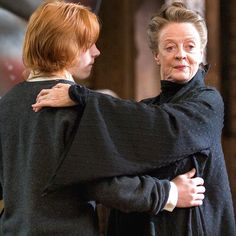 """""""I had to try to teach Ron Weasley to dance, and that was pretty strenuous! Poor Rupert! I mean, I've got two left feet too, so we both looked pretty silly!"""" - Maggie Smith #HarryPotter"""