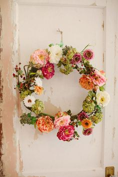 Spring wreath. Photography by katherinesalvatori.com