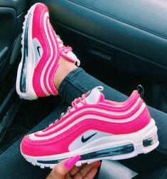 33 Ideas for basket nike air max sneakers Cute Nike Shoes, Cute Sneakers, Nike Air Shoes, Shoes Sneakers, Nike Shoes Tumblr, Adidas Sneakers, Nike Trainers, Yeezy Shoes, Sneaker Heels