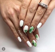 Semi-permanent varnish, false nails, patches: which manicure to choose? - My Nails Cute Acrylic Nails, Cute Nails, My Nails, Nail Manicure, Nail Polish, Palm Nails, Nail Design Glitter, Nails Design, Design Design