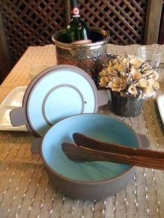 土鍋「Pata」。北欧のデザイナー、ナタリー・ラーデンマキさんと信楽焼きのメーカーが開発した土鍋。