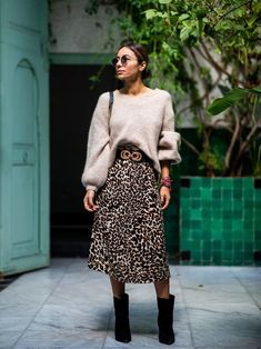 The 6 Best Winter Outfit Formulas to Rotate All Season Long - The 6 Best Winter. - The 6 Best Winter Outfit Formulas to Rotate All Season Long – The 6 Best Winter Outfit Formulas t - Printed Skirt Outfit, Printed Skirts, Sweater Skirt Outfit, Leopard Skirt Outfit, Dress With Sweater, Midi Skirt Outfit Casual, Trend Fashion, Fashion Models, Fashion Tag