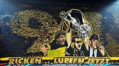 97er-Choreografie: Versöhnen sich die Borussia Dortmund-Fans hier mit Marcel Reif?