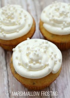 Easy Marshmallow Frosting With Butter, Marshmallow Fluff, Powdered Sugar, Vanilla