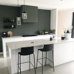 Kitchen Lifs interieuradvies & styling Joy Kitchen, Kitchen Room Design, Little Kitchen, Kitchen Living, Home Living Room, Kitchen Interior, Kitchen Decor, Residential Interior Design, Small House Design