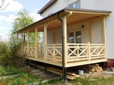 (33+) DIY Deck Railing Ideas & Designs That Are Sure to Inspire You  #homedecor #HomeDecorIdeas #BackyardIdeas #DiyHomeDecor #DreamHomeDecor #Deck #Railing #deckrailing #deckrailingideas #deckrailingdesign  #patioideas #Patio