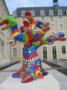 Niki De Saint Phalle Sculptures dans la classe des