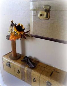 Recycling Old Suitcases for Wall Shelves, Vintage Furniture