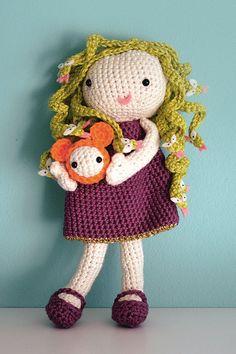 Amigurumi monster: Medusa crochet doll pattern