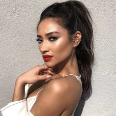 """Shay Mitchell Cringing At Pics Of Her Beauty Evolution Is All Of Us #refinery29  http://www.refinery29.com/2017/01/136020/shay-mitchell-best-hair-makeup-looks-photos#slide-18  On Set With Smashbox Cosmetics, 2017""""[Makeup artist Patrick Ta] showed me a photo of Joan Smalls, who had a very similar look, and I was like, 'Uhhhh, that's awesome,' but I was a little scared. Then we did it and I was like, 'Oh, this is really fun!' I love these..."""
