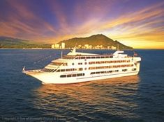 Anniversary Dinner Idea - Dinner Cruises in Waikiki and Oahu - Hawaii Discount