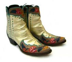 La Mode C' Nous Lifestyle Décrypteur de Tendances Collaboration Ventilo x Nathalie Kent autour de bottes Western faites à la main