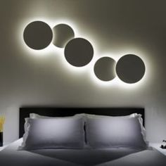 The Vibia Puck Wall Art is a versatile wall light using spheres to create a visual play of warm light. The Puck Wall Art light provides an indirect light and only requires a single electrical point connection which makes it easy to install. Art Deco Interior Bedroom, Decor Interior Design, Interior Decorating, Interior Paint, Bedroom Art, Interior Doors, Luxury Interior, Bedroom Lighting, Home Lighting