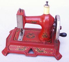 Muller No. 19 Handcrank Antique Sewing Machine in RED!