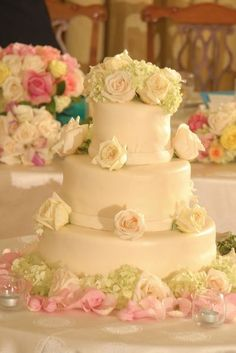 Classic roses and cake!