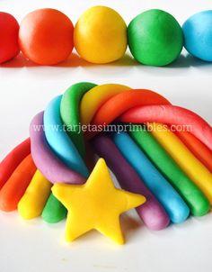 Si hay una actividad que mis hijos disfrutaron de pequeños, fue jugar con plastilina o masas para modelar. Es un juego que entretiene a los niños y beneficia el desarrollo de las habilidades motric…