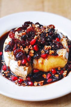 Baked Brie with Cranberries, Pecans, Pomegranate