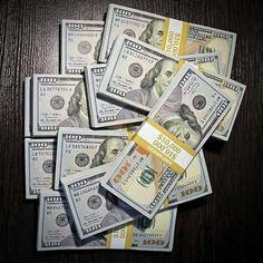 Investing Money, Saving Money, Way To Make Money, Make Money Online, Dollar Money, Dollar Bills, Money Tattoo, Money Generator, Counting Money
