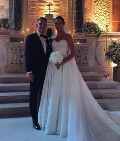 Pin for Later: Seht wie Bastian Schweinsteiger und Ana Ivanović kirchlich geheiratet haben Hochzeitsfotos von Bastian Schweinsteiger und Ana Ivanović