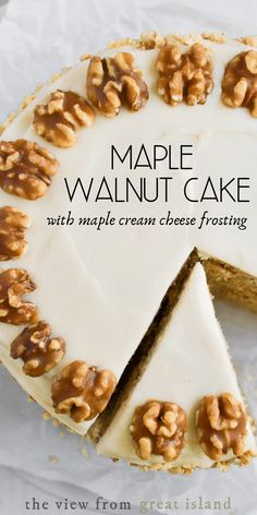 Maple Walnut Cake with Maple Cream Cheese Frosting~this surprisingly easy three layer maple cake is the ultimate fall dessert! Maple Walnut Cake with Maple Cream Cheese Frosting~this surprisingly easy three layer maple cake is the ultimate fall dessert! Köstliche Desserts, Delicious Desserts, Cupcake Recipes, Cupcake Cakes, Maple Dessert Recipes, Cupcakes, Easy Cake Recipes, Baking Recipes, Vegan Recipes